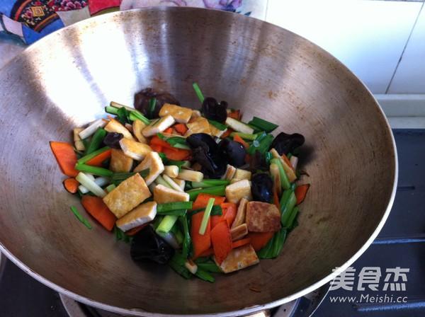 家常炒豆腐怎么炖