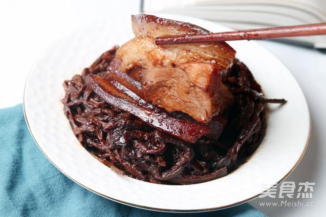 干豇豆扣肉成品图
