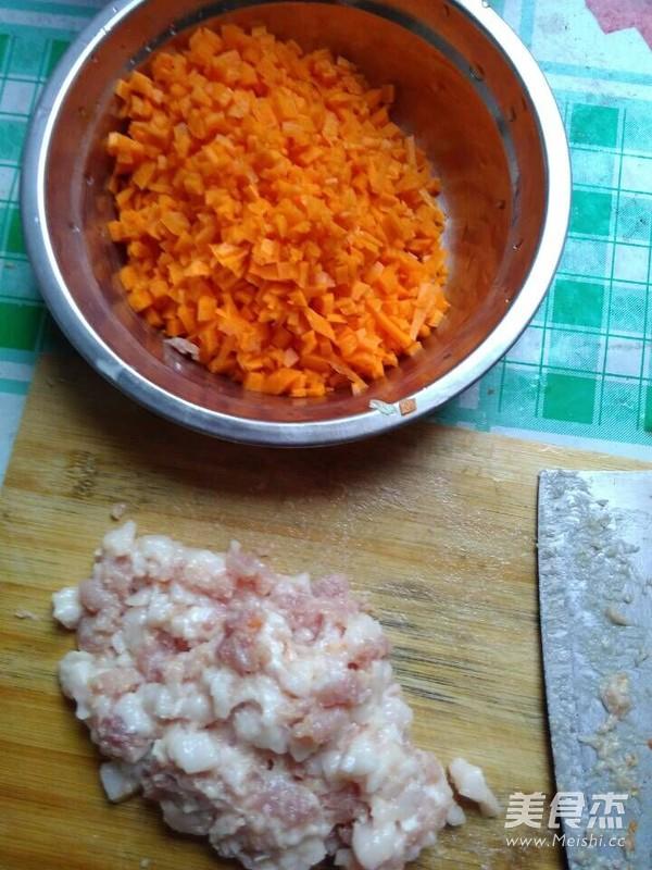 胡萝卜猪肉包子的简单做法