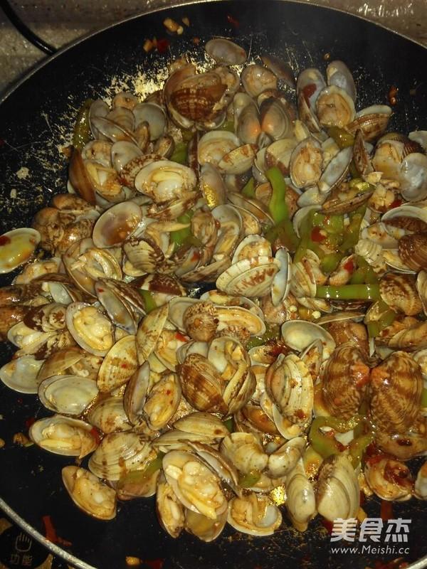 辣炒蛤蜊的简单做法