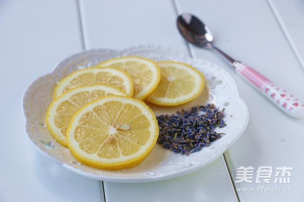 薰衣草柠檬茶的步骤