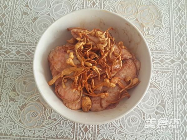 虫草花蒸鸡怎么吃