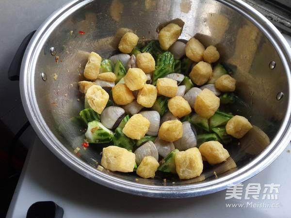 白贝烩丝瓜豆泡的简单做法