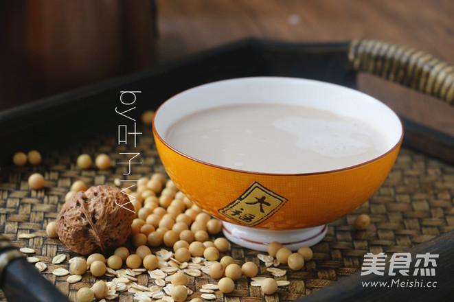 补肾益脑核桃燕麦豆浆成品图