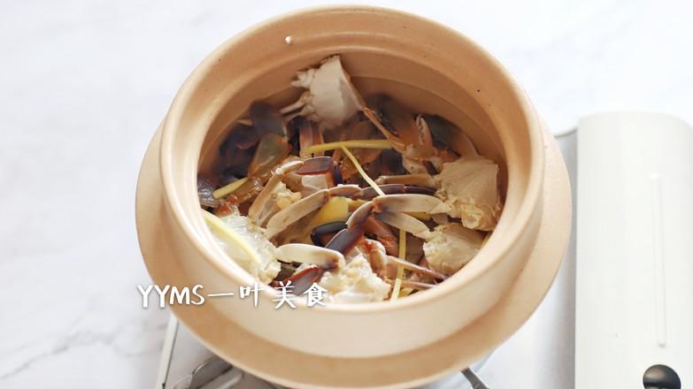 花蟹煲饭的步骤