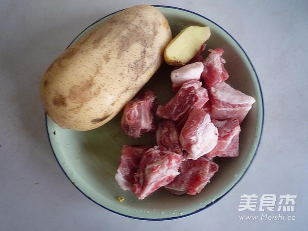 莲藕排骨汤的做法大全