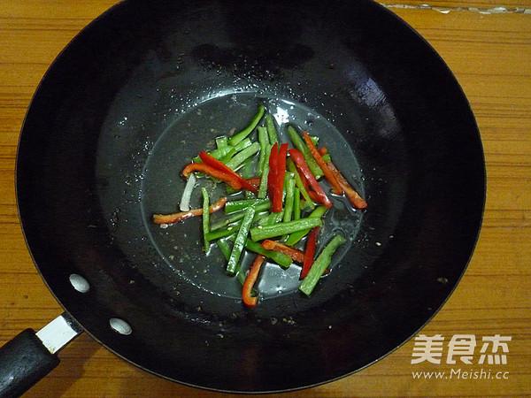 黑胡椒牛柳怎样炒