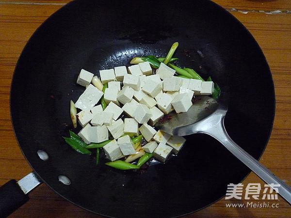 蒜苗烧豆腐怎么炒