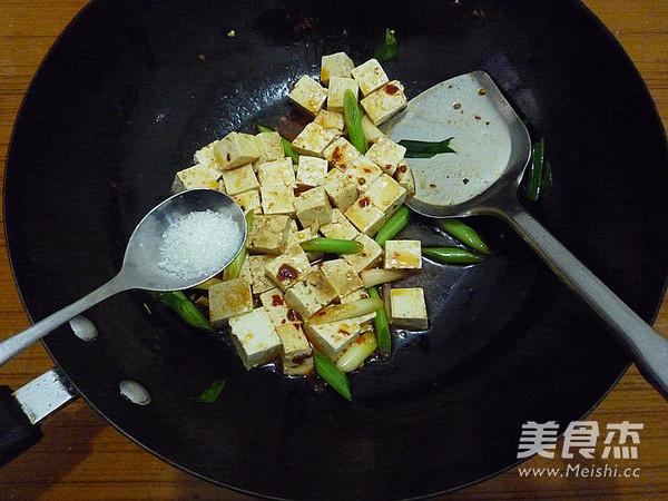 蒜苗烧豆腐怎么炖