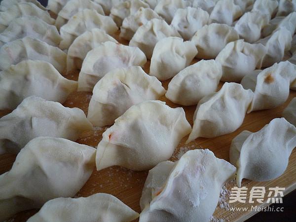 酸菜鲜肉水饺怎么炖