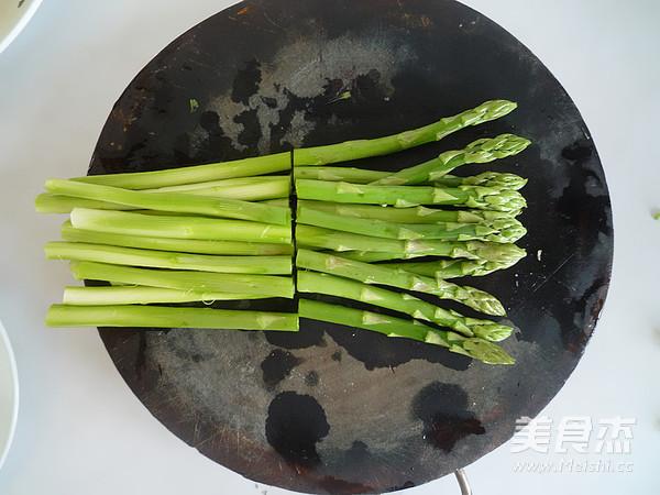 油淋芦笋的简单做法