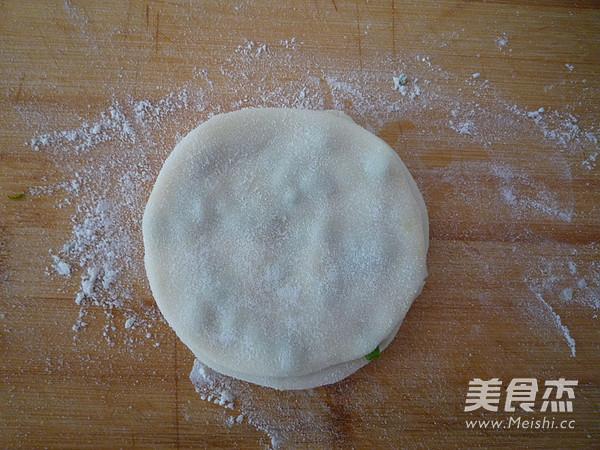 饺子皮葱油饼怎么吃