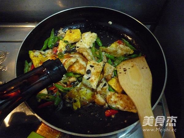 豆豉杭椒炒荷包蛋怎么煮