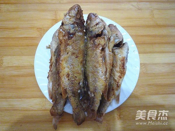 家熬小黄鱼怎么吃