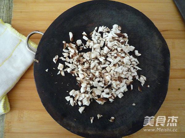 鲜肉豇豆锅贴怎么做