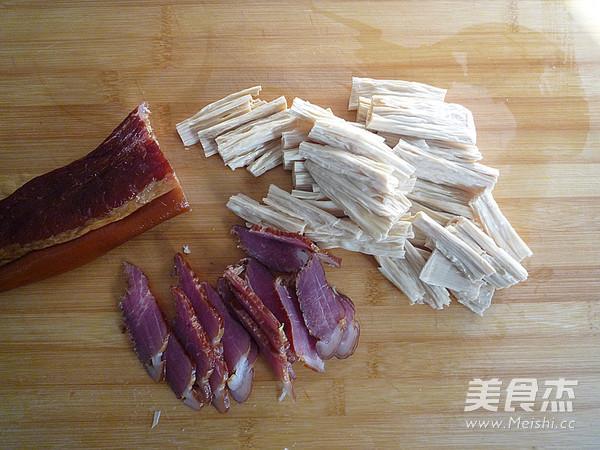 腊肉蒸腐竹的做法图解