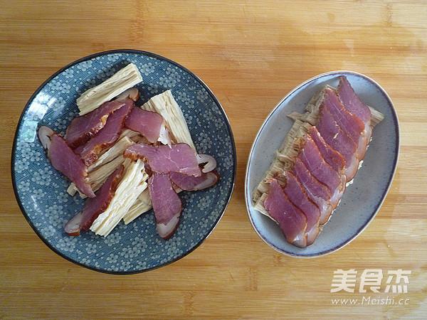 腊肉蒸腐竹的家常做法