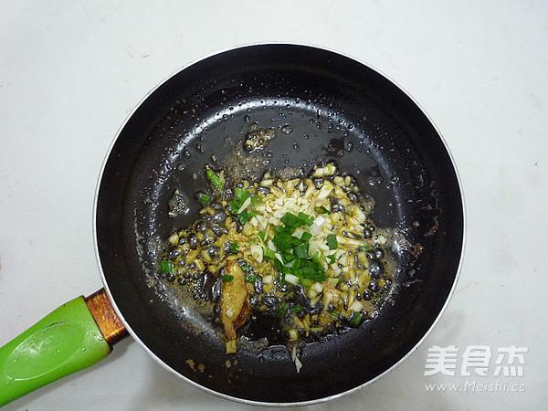 鲜虾粉丝煲怎么炒