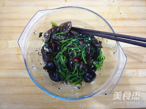 木耳拌菠菜怎么煮