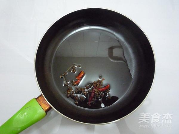 芹菜叶拌香干怎么炒