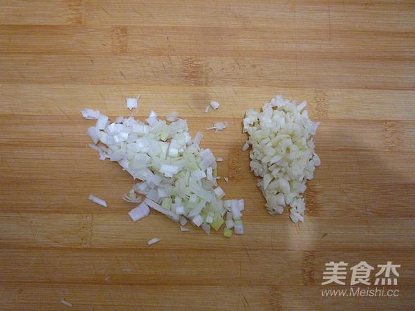 蒜蓉粉丝蒸丝瓜的家常做法