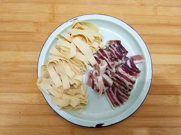 咸肉蒸千张的家常做法