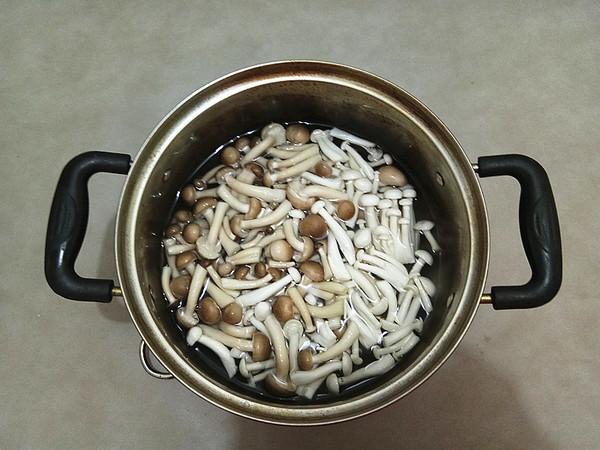 双菇牛肉丝的步骤