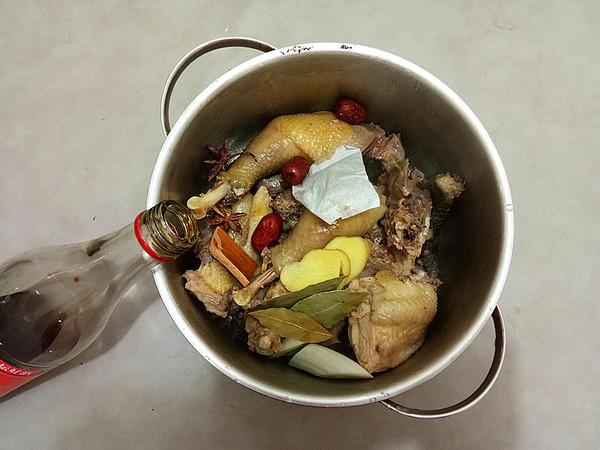 香菇炖土鸡怎么吃