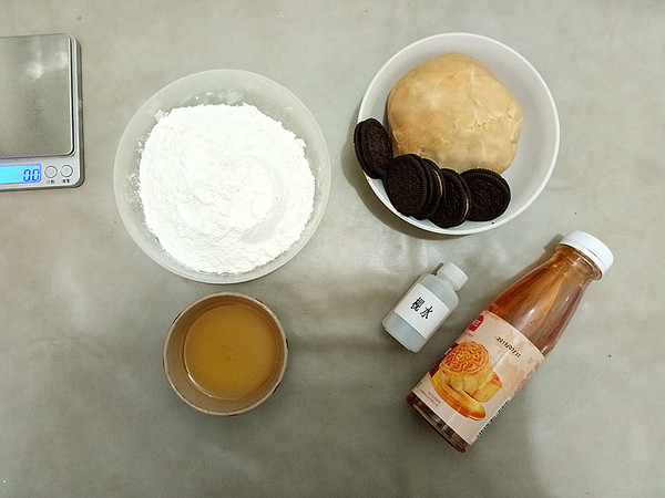广式莲蓉月饼的做法大全