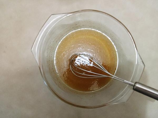 广式莲蓉月饼的家常做法