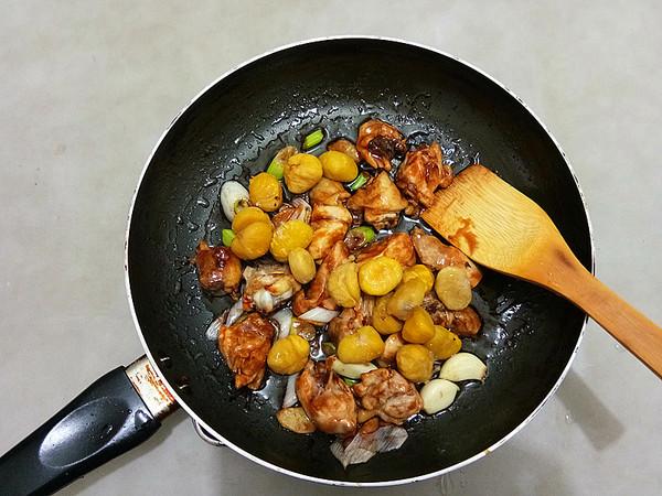 蜜汁板栗鸡怎么做