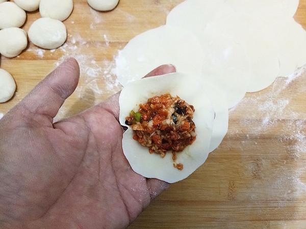 胡萝卜木耳鲜肉锅贴怎么煮