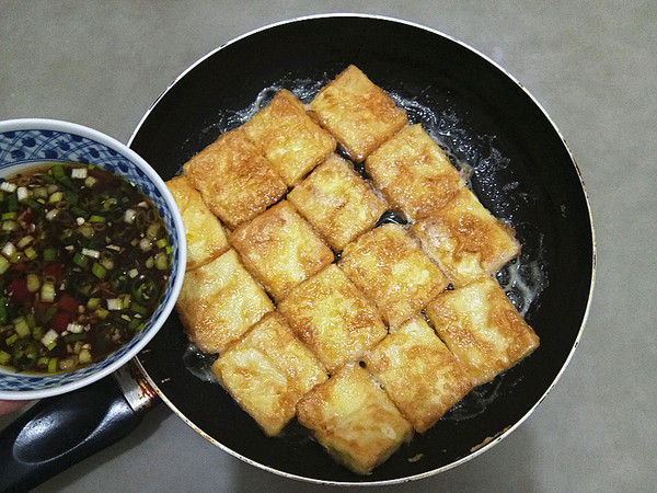 浇汁煎焖豆腐怎么煮