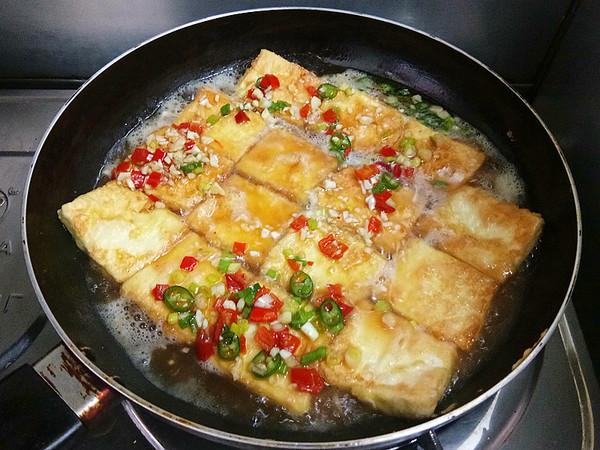 浇汁煎焖豆腐怎么炖
