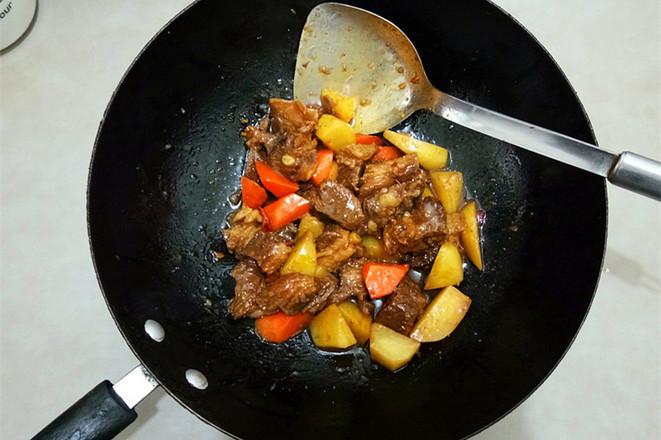 土豆烩牛肉怎样煮
