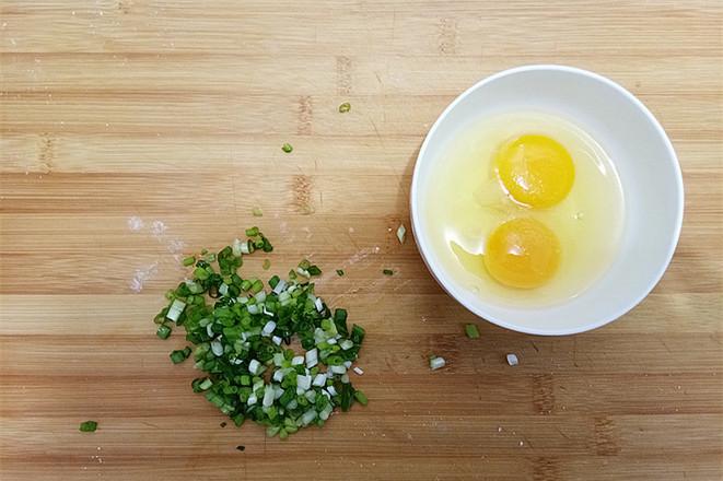 面条鸡蛋煎饼的做法图解