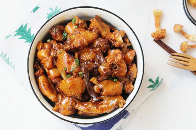 姬松茸焖鸡成品图