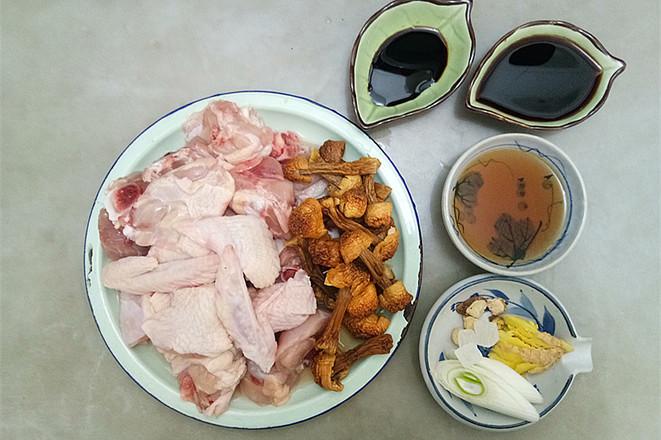 姬松茸焖鸡的步骤
