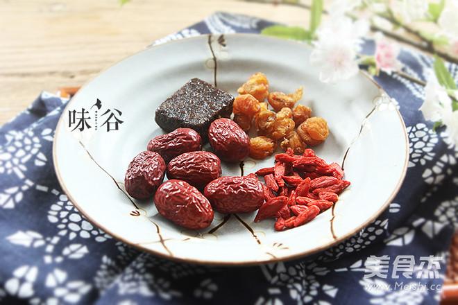 红枣桂圆枸杞红糖水的做法大全