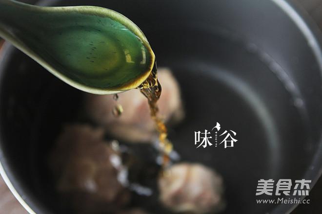 萝卜牛尾汤的家常做法