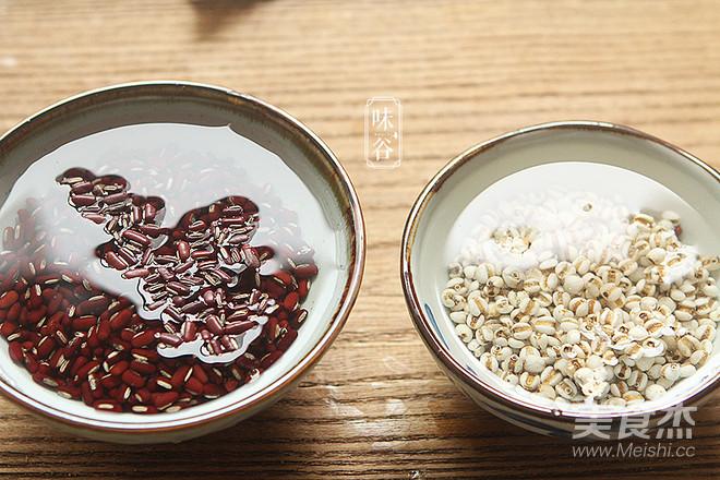 土茯苓赤小豆猪薏米汤的做法图解