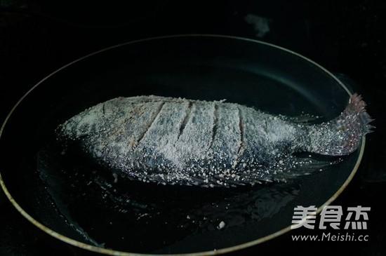 红烧罗非鱼怎么吃