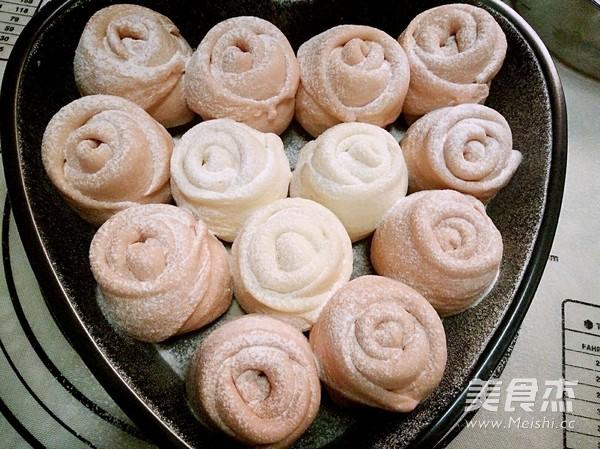粉色玫瑰花面包怎样做