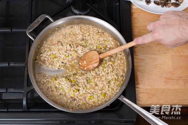 轻食·牛肝菌与混合菌菇意大利调味饭的简单做法
