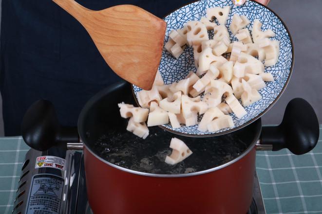 凉拌藕丁——夏日里的爽口凉菜的做法图解