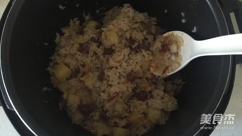 土豆牛肉焖饭怎么炖