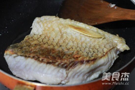 烤草鱼段的简单做法