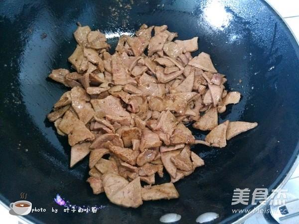 泡姜炒猪肝怎么做