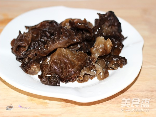 浓香菌菇火锅的做法大全
