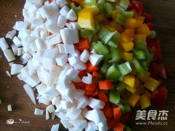 彩蔬炒虾仁的简单做法